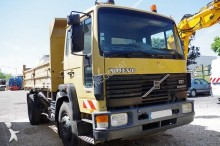 camion Volvo FS7 19