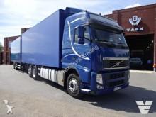 camión Volvo Volvo FH500 Globetrotter 6x2 + Gen Trailer Close