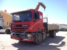 camion tri-benne DAF