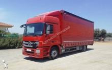 camion système bâchage coulissant Mercedes