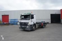 camión Mercedes Actros 2542 6x2 Hooklift Euro 3 2004