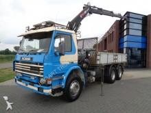camión Scania 113.320 6x2 / Full Steel / HIAB Crane