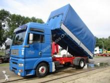 camion ribaltabile trasporto cereali MAN