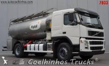 camión cisterna alimentario Volvo