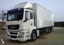 camión MAN TGS 26.360