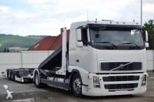 camión portacoches Volvo