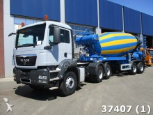 camión MAN TGS 33.400 6x4 + Liebherr 12m3