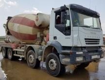 camión Iveco CAMION HORMIGONERA IVECO 380 8X4 2006 10M3 AUTOMATICO