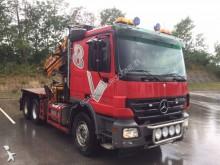 camión maderero Mercedes