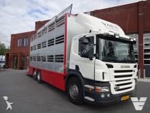 camión Scania P320 3 deks vee