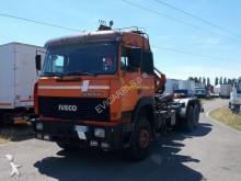 camion Iveco 190.42 SCARRABILE CON GANCIO E GRU