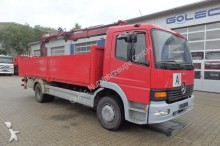camión Mercedes Atego 1223 4x2 Euro3 Pritsche Kran HIAB 085 Funk
