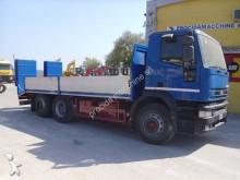 camión Iveco 260E31 CURSOR(102)