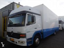 camión furgón Mercedes