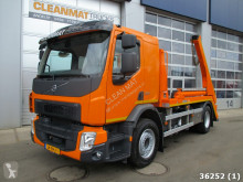 camião porta contentores Volvo
