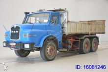 MAN 32.281 truck