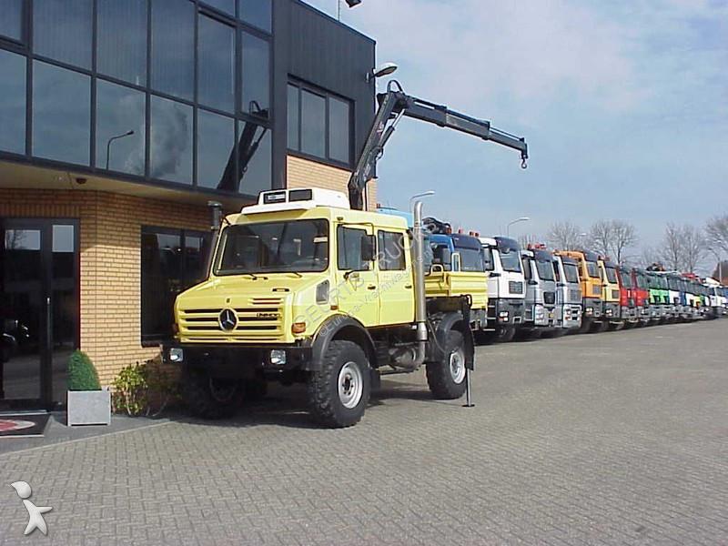 Lastbil Unimog flatbed U4000 4x4 Diesel Euro 3 kran brugt - nr.2126946