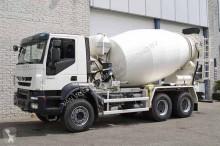 vrachtwagen beton molen / Mixer Iveco