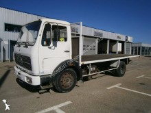 camion platformă standard Mercedes
