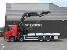 camión caja abierta estándar Mercedes