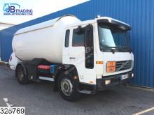Volvo FL6 220 truck