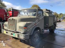 camión MAN 11.136