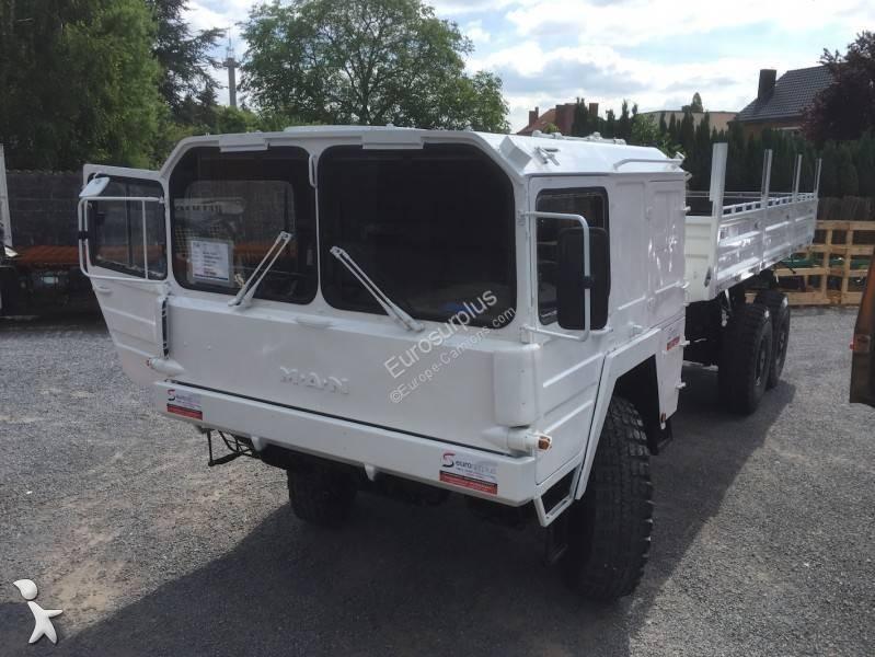 camion militaire 25 annonces de camion militaire d. Black Bedroom Furniture Sets. Home Design Ideas