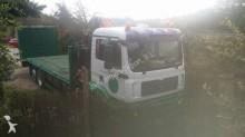 Camión caja abierta estándar MAN 230