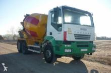 Camión hormigón cuba Mezclador Iveco CAMION HORMIGONERA IVECO 350 6X4 2006 8M3