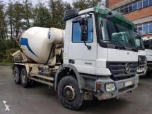 Camión hormigón cuba Mezclador Mercedes CAMION HORMIGONERA MERCEDES BENZ 3332 6X