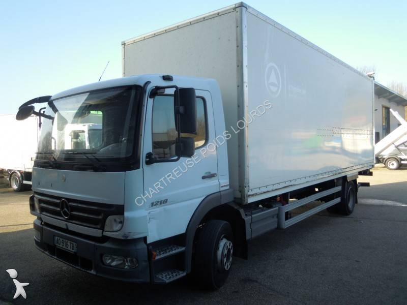 camion mercedes fourgon polyfond atego 1218 euro 5 hayon occasion n 2317928. Black Bedroom Furniture Sets. Home Design Ideas
