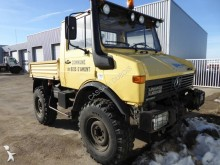 camion Unimog U1200