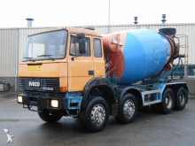 camion Iveco 300-25 Mixer Liebherr 10m³ V8 Good Condition