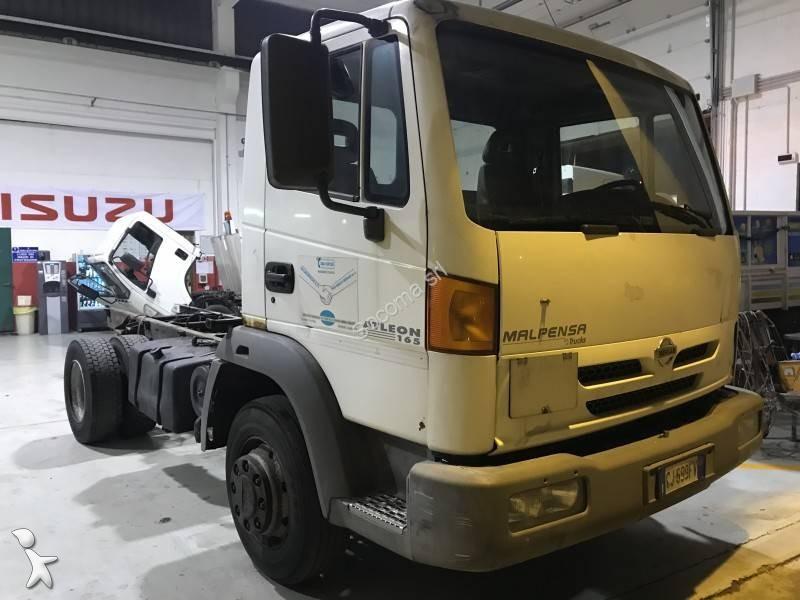 camion nissan telaio atleon 165 4x2 gasolio euro 3 usato n 2367750. Black Bedroom Furniture Sets. Home Design Ideas