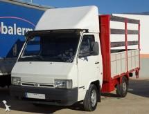 Camión caja abierta Nissan Trade
