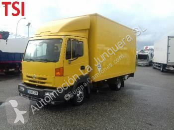 View images Nissan 5600 truck
