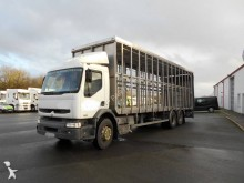 Renault poultry truck