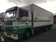 Camión furgón MAN 26.360