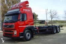 Camión chasis Volvo FH13 440