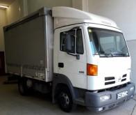 Camión lona corredera (tautliner) Nissan Atleon 56.15