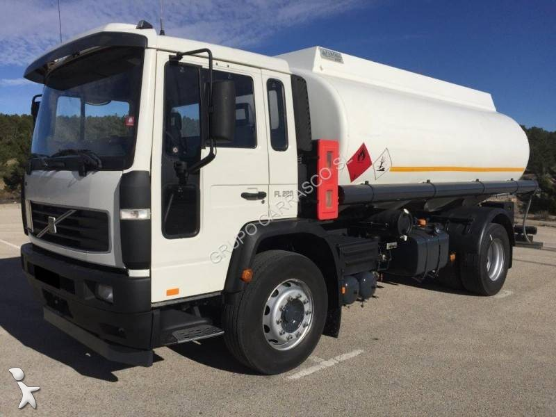 View images Volvo FL 220 truck