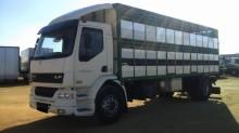Camión para ganado DAF LF55 250