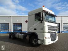 ciężarówka DAF XF105