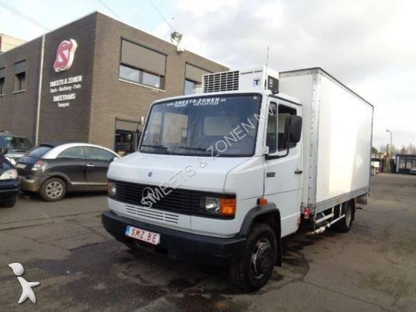 camion mercedes 711d belgique 1 annonces de 711d belgique occasion. Black Bedroom Furniture Sets. Home Design Ideas