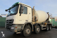 camion Mercedes 3236 B 8x4 BB KARRENA 9 m³ Nr: 682