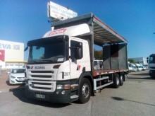 Camión caja abierta transporte de bebidas Scania P 360