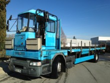 Renault iron carrier flatbed truck