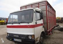 Unic 79.13 - bétaillère truck
