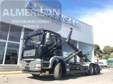 Camión portacontenedores MAN TGA 26.430