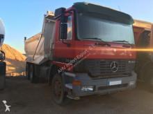 Camión volquete Mercedes 3331 6X4 2003
